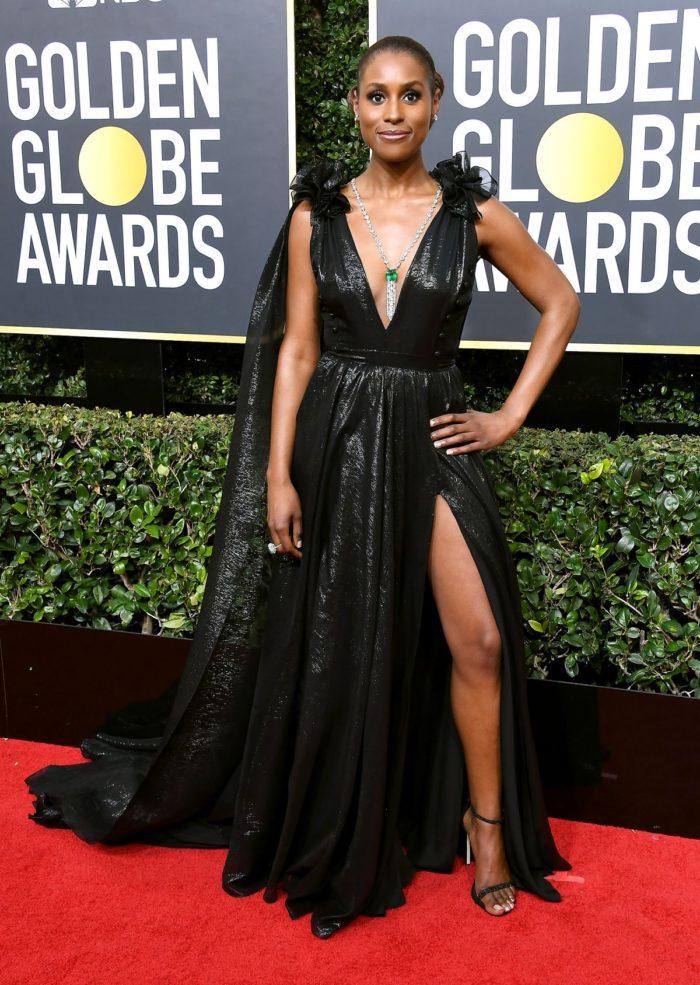 Issa Rae lascia i suoi ricci a casa al Golden Globes 2018